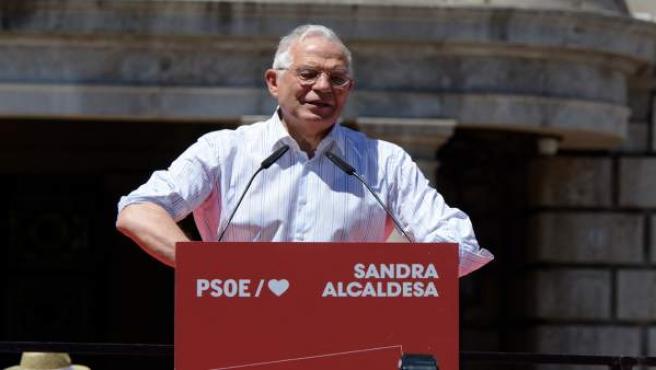 Mitin del PSOE en la Plaza del Ayuntamiento de Valencia
