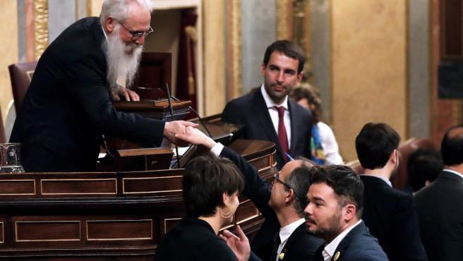 El presidente de la Mesa de Edad, el socialista burgalés Agustín Zamarrón.