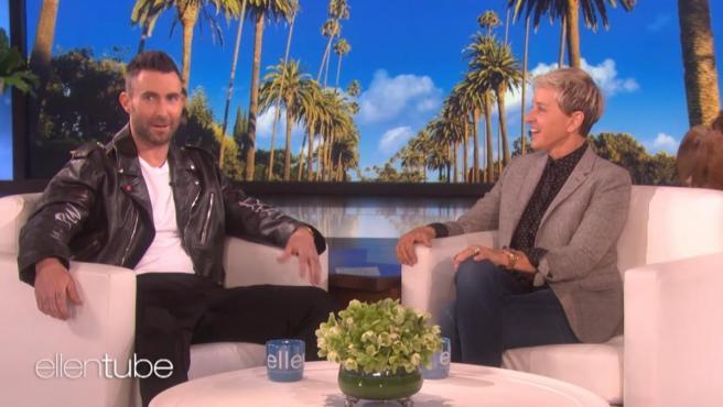 Adam Levine y Ellen DeGeneres, en el programa 'The Ellen DeGeneres Show'.
