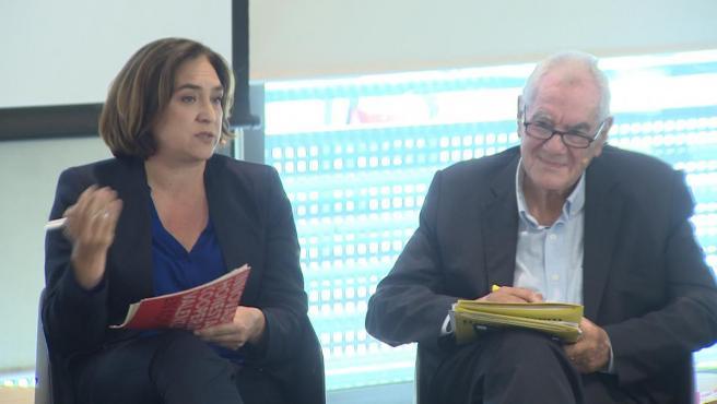 Ada Colau, con Ernest Maragall en un debate electoral.