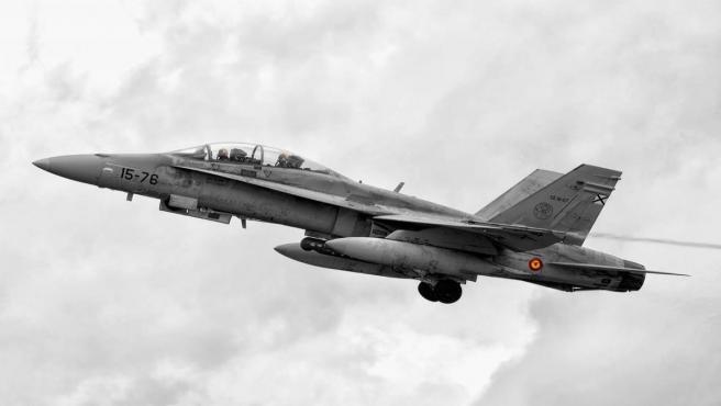 Sevilla.- El nuevo ensayo de desfile aéreo motiva retrasos de más de hora y media en al menos 20 vuelos del aeropuerto