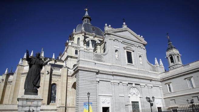La Catedral de la Almudena de Madrid.