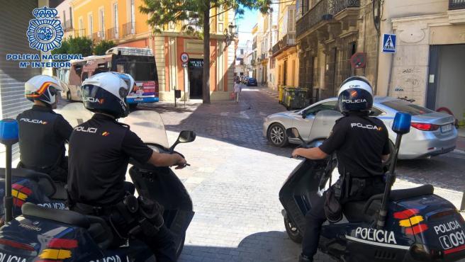 Cádiz.-Sucesos.- Detenido en Jerez por causar daños a vehículos que iba encontrando a su paso por las calles