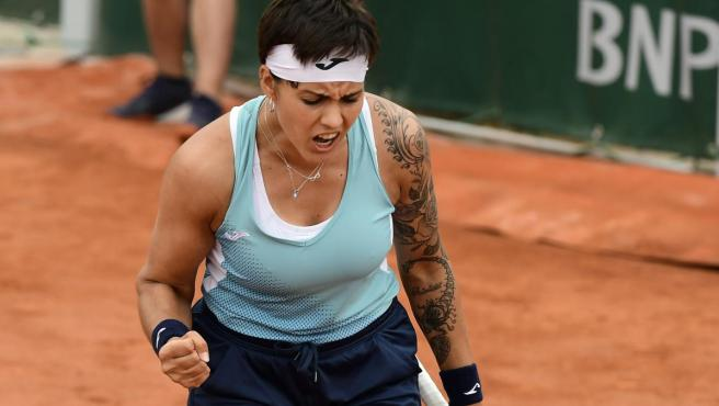 Aliona Bolsova está rompiendo moldes en el Roland Garros 2019.
