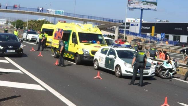 Cádiz.-Sucesos.- Fallece un Guardia Civil en un accidente en la A-7 a la altura de Los Barrios