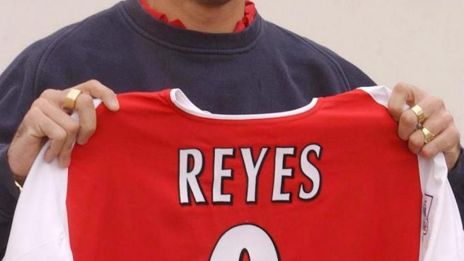 Reyes, en su etapa en el Arsenal
