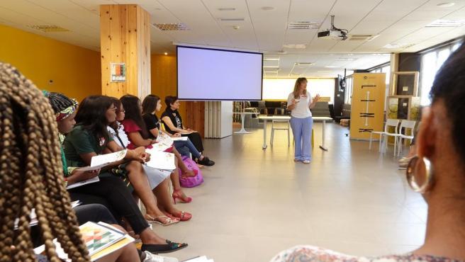Málaga.- Mujeres africanas y alumnas de la UMA comparten el Programa Genera