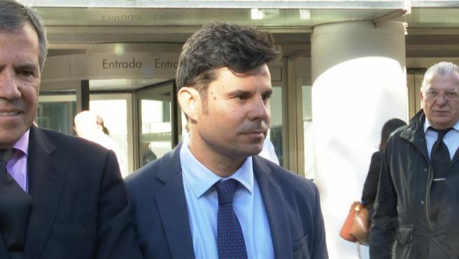 Se suspende la vista sobre la paternidad de Julio Iglesias