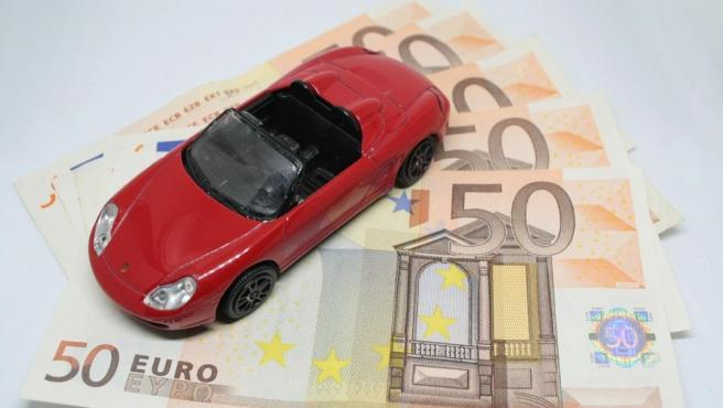 Para saber si sale rentable comprar un coche, hay que tener en cuenta los gastos que genera tener un vehículo en propiedad.