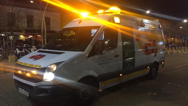 Jaén.- Sucesos.- Trasladan al hospital a cinco heridos tras un accidente entre un turismo y una moto en la capital