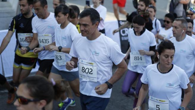 El presidente del Gobierno, Pedro Sánchez, en la carrera contra la violencia de género.