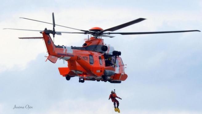 En Común-Unidas Podemos muestra su apoyo a la huelga de pilotos de helicópteros antincendios y de salvamento