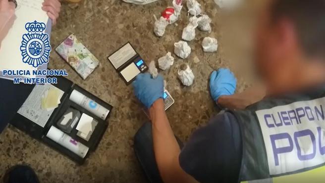 LA POLICÍA NACIONAL DESARTICULA UN GRUPO ORGANIZADO DEDICADO AL TRÁFICO DE HEROÍNA Y COCAÍNA