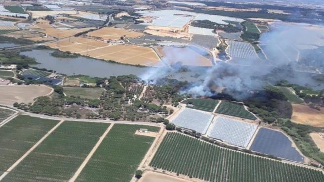 Huelva.- Sucesos.- Declarado un incendio forestal en Palos de la Frontera y otro en Punta Umbría
