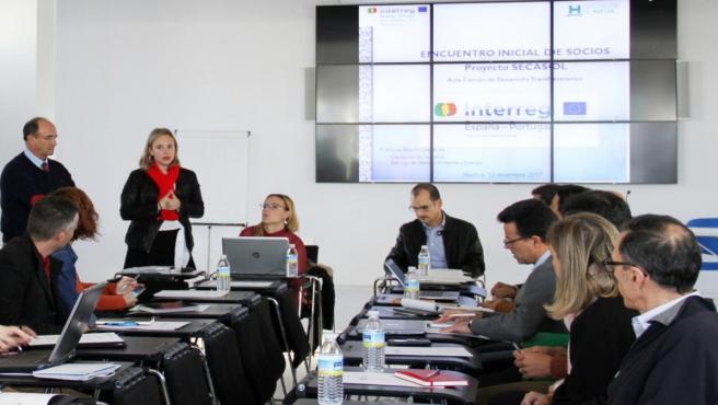 Huelva.- El proyecto Secasol entra en su fase álgida con el diseño y construcción del prototipo de secado solar de lodos