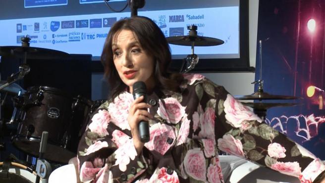 Luz Casal, orgullosa de su trayectoria, anima a Sara Carbonero