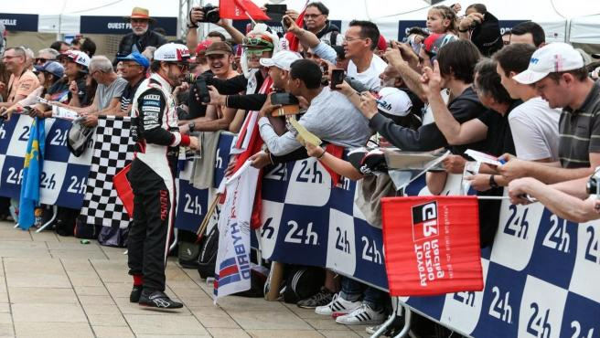 El piloto español Fernando Alonso (Toyota Gazoo Racing), en Le Mans.