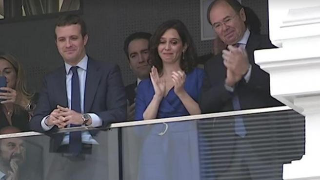 Isabel Díaz Ayuso se emocionó en la proclamación de Martínez-Almeida como alcalde de Madrid.