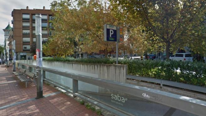 Exterior del aparcamiento público del Mercado Central de Sabadell.