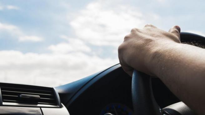 Cuando nos sentamos al volante, es fundamental poner los cinco sentidos en la carretera, aunque nuestro coche tenga ADAS.