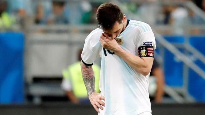 Messi se lamenta de la derrota de Argentina ante Colombia