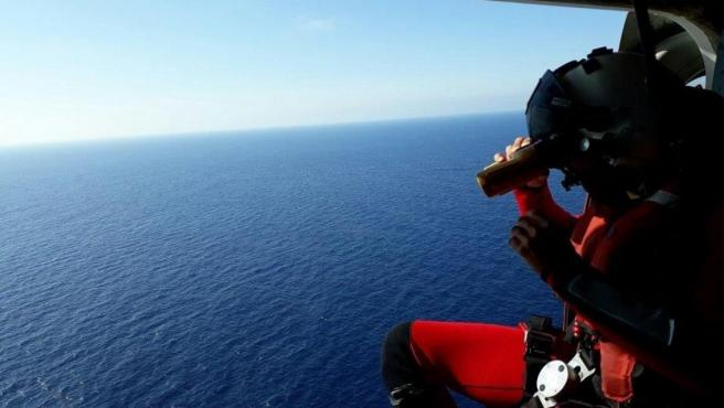 Sucesos.- Continúa el dispositivo de búsqueda del varón desaparecido en la costa de Arona (Tenerife)