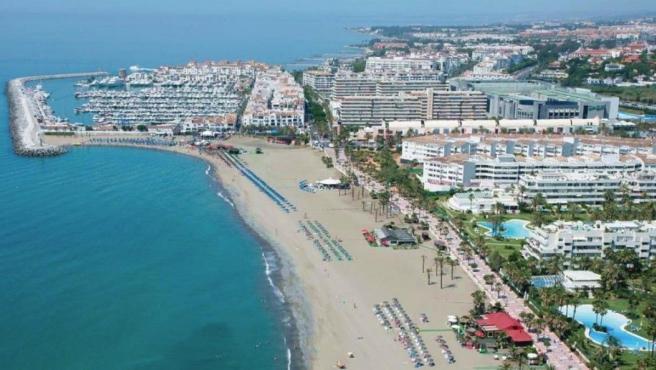 Málaga.- El Ayuntamiento de Marbella recuerda en un bando las condiciones de uso de las playas y las limitaciones