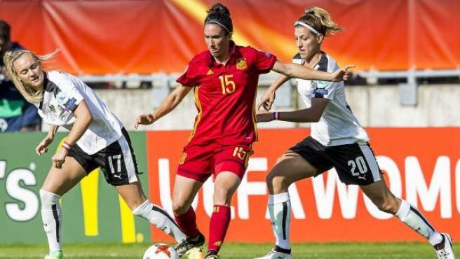 Lance del partido de cuartos de final de la Eurocopa femenina entre España y Austria.