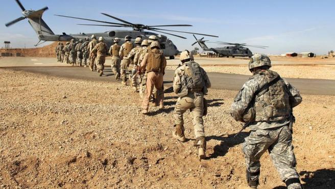 Soldados estadounidenses e iraquíes, en Irak, en una imagen de archivo.