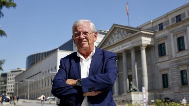 """El periodista Fernando Jáuregui, autor de """"Los abogados que cambiaron España""""."""