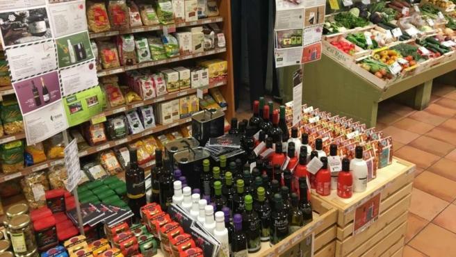 Una tienda de alimentos ecológicos, orgánicos o bio.