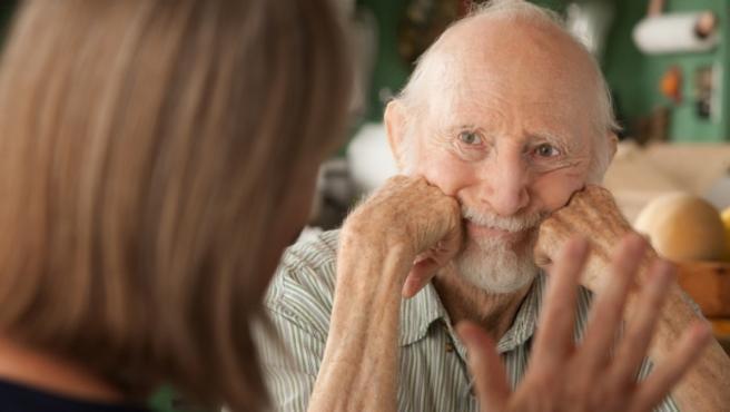 En España hay unos 800.000 afectados por la enfermedad de Alzheimer y al año se detectan 40.000 nuevos casos.