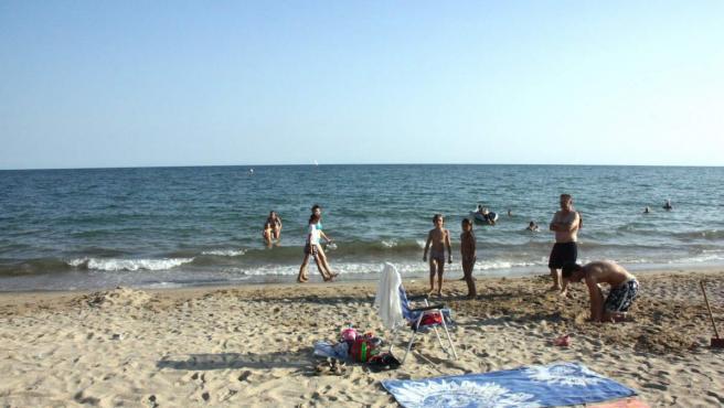 La playa de Cambrils, donde tuvo lugar el suceso.
