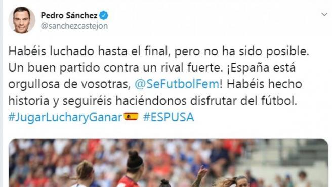 Tuit de Pedro Sánchez felicitando a la selección femenina tras la buena imagen en el Mundial femenino.