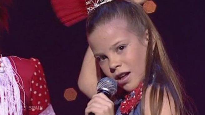 María Isabel canta 'Antes muerta que sencilla' en Eurovisión.