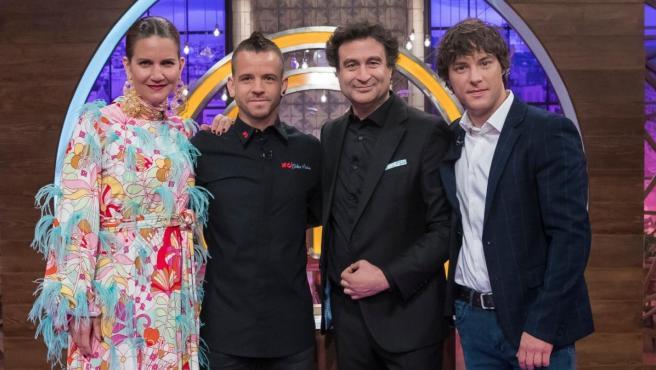 ¿Cuánto mide el chef Pepe Rodríguez? (Masterchef) - Altura: 1,76 - Página 2 988858