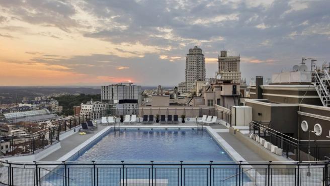 Las Mejores Terrazas Y Azoteas De Madrid Con Cócteles Y Picoteo