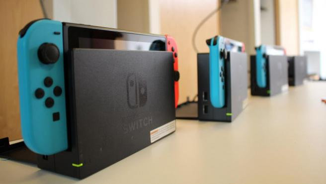 Varias consolas Nintendo Switch.
