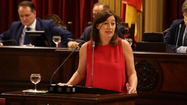 La presidenta del Govern, Francina Armengol, durante la segunda jornada del debate de investidura.