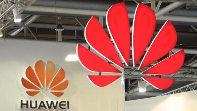 El logo de Huawei, en la feria CeBit, en Hanover (Alemania), en una imagen de archivo.