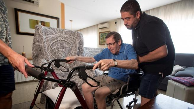 Antoni Monguilod, un vecino de Malgrat de Mar (Barcelona) al que diagnosticaron párkinson hace doce años.