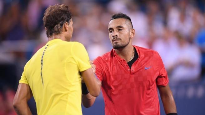 Rafa Nadal y Nick Kyrgios, tras un partido en Cincinnati.