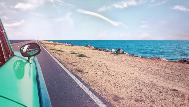 La app te informa acerca de la dirección del sol o la temperatura exacta en el lugar donde aparques el vehículo.