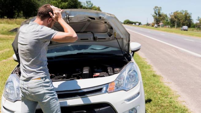 Sufrir una avería mientras conduces el coche puede provocar situaciones de riesgo.