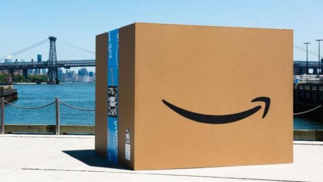 Imagen de archivo de un paquete de Amazon.