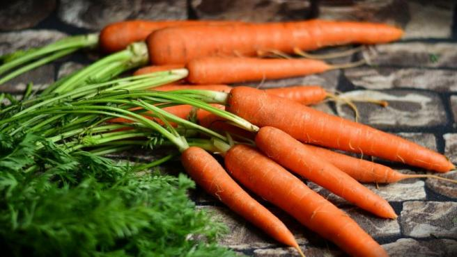 Las Propiedades De La Zanahoria Beneficios Para Tu Salud La zanahoria es un rico alimento utilizado en muchas ocasiones como recurso terapéutico con el fin de disminuir diferentes problemas relacionados con la falta de apetito. las propiedades de la zanahoria