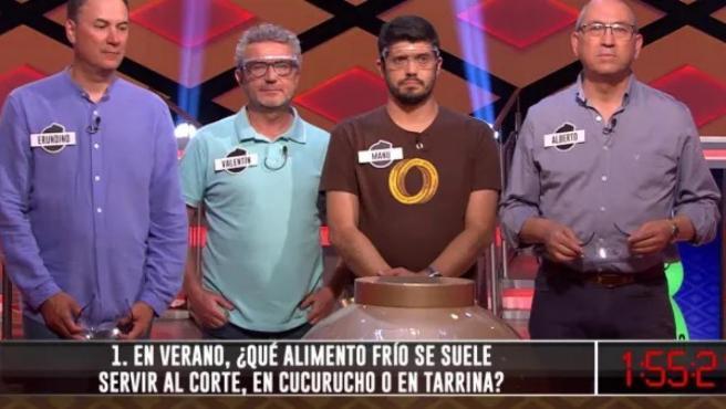 Valentín, Manuel, Erundino y Alberto (Los Lobos), durante su participación en la edición de '¡Boom!' en la que lograron el bote del programa.