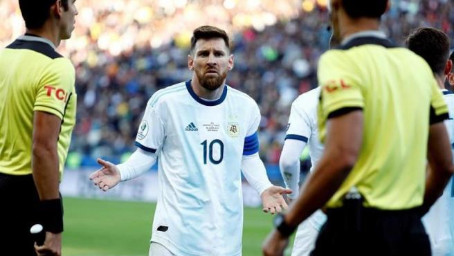 Messi, durante el encuentro ante Chile