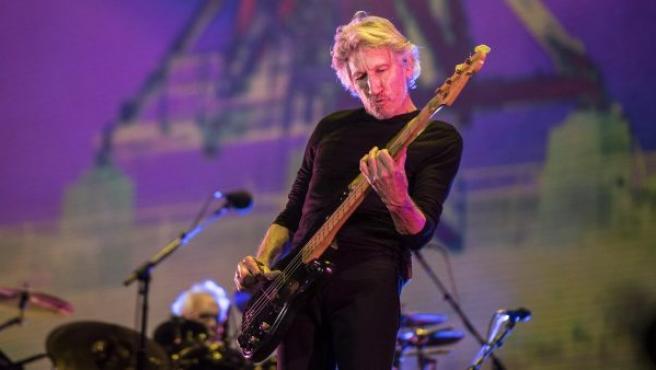 El músico y compositor británico Roger Waters durante su concierto en el Foro Sol de la Ciudad de México (México).