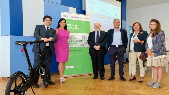 Presentación del proyecto piloto 'KissMyBike' en el que participa Santander